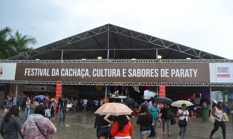 Confraria Mineira marca presença no Festival da Cachaça, Cultura e Sabores de Paraty